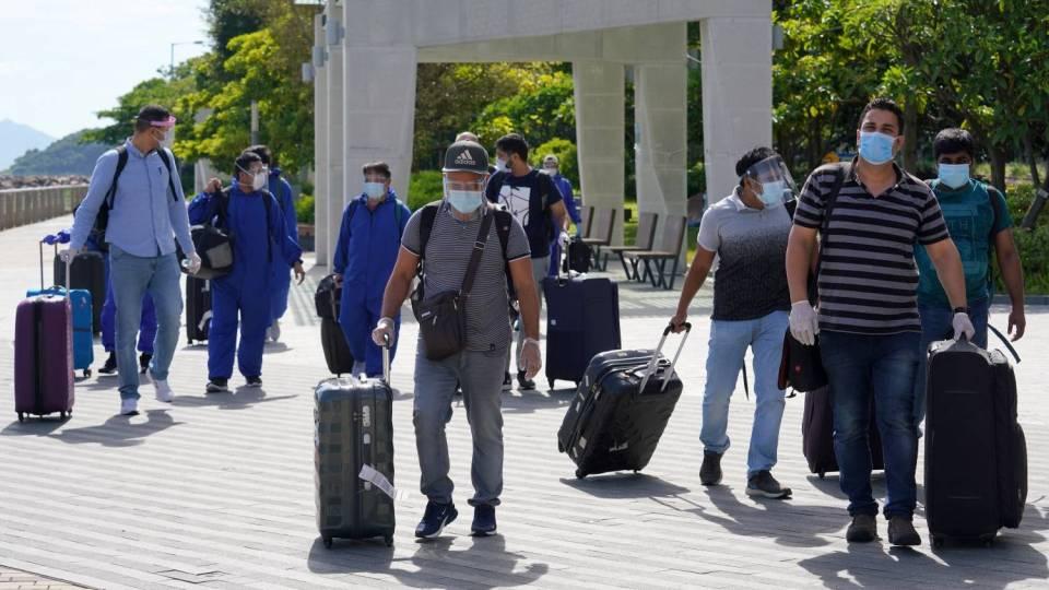 【寒柏】600名印裔人回港會否造成第4波疫情爆發?