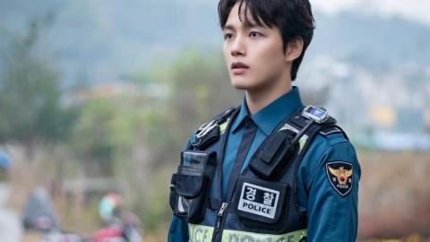 【怪物】呂珍九首度演警察孖申河均緝拿「怪物」 李到晛友情客串