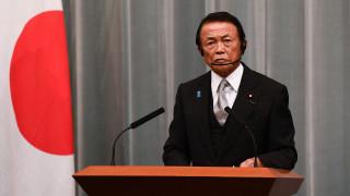 麻生太郎聲稱福島核廢水安全可飲 外交部:請喝了再說