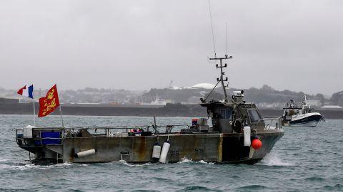 英法爆漁業糾紛 兩國艦艇澤西島「對峙」