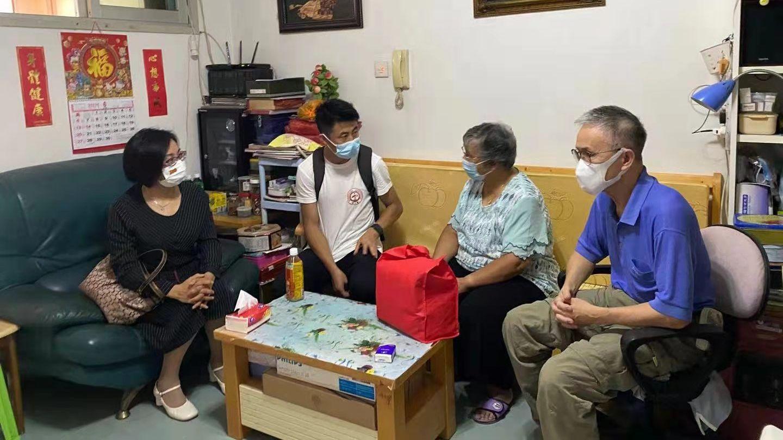組300個小組探訪1500戶基層家庭  中聯辦開展「溫暖關愛進社區」活動