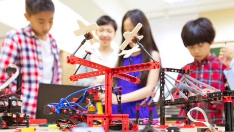 第二屆「5G校園先導學校計劃」啟動:5G科技融入校園-培育新一代創科精英