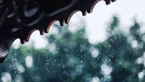 【新書】古人如何度過雨季?「睡懶覺」是其中一個消遣!