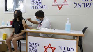 以色列稱兩劑輝瑞疫苗對Delta防護力僅39% 預防住院有效性達88%