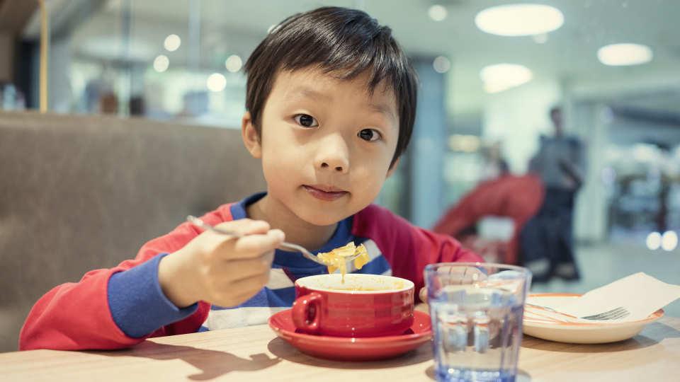 【談育兒】和孩子像朋友般約會-來一場單對單的飯局