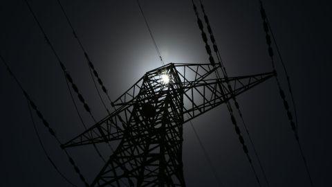 台灣「雙北」突停電逾23萬戶受影響 市民被熱醒發現電器全停
