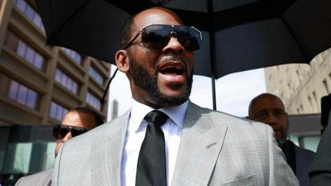 八項性犯罪罪名成立 美國歌手R.-Kelly或判終身監禁