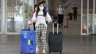 【寒柏】從新加坡的疫情數據反思香港抗疫措施