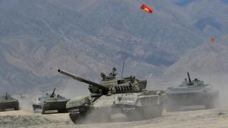 集體安全組織在塔吉克與阿富汗邊境大規模軍演 演練打擊「非法武裝團夥」