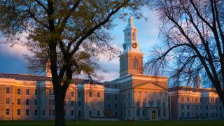 37中國留學生被指未按時交出入境文件 遭紐約州立大學取消簽證面臨驅離