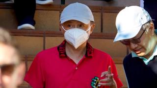 【神隱現身】外媒西班牙「捕獲」馬雲 現身西班牙小島打高爾夫