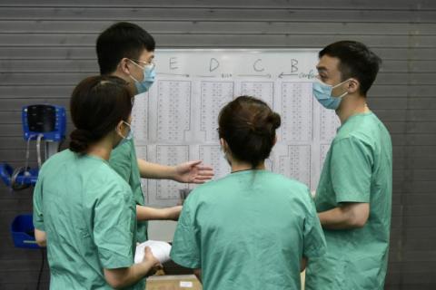 【講呢啲】有了內地馳援,香港抗疫還會說「沒條件」嗎